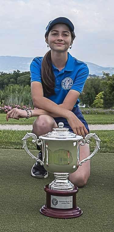 Eda Zourdos, Championne junior 2021